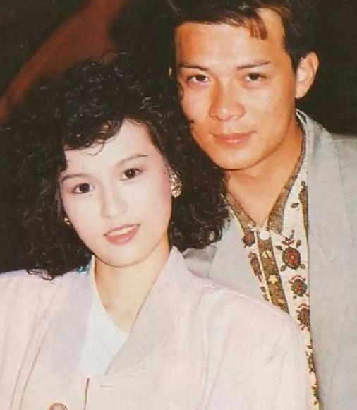 59歲梁潔華去世,昔日珍貴舊照曝光,清麗動人讓黃日華一見鍾情