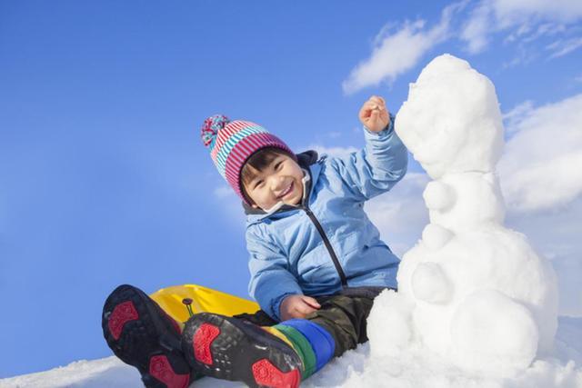 万江哈尔滨冰雪世界,恐龙主题的芬兰冰雪童话王国,寒假打卡圣地