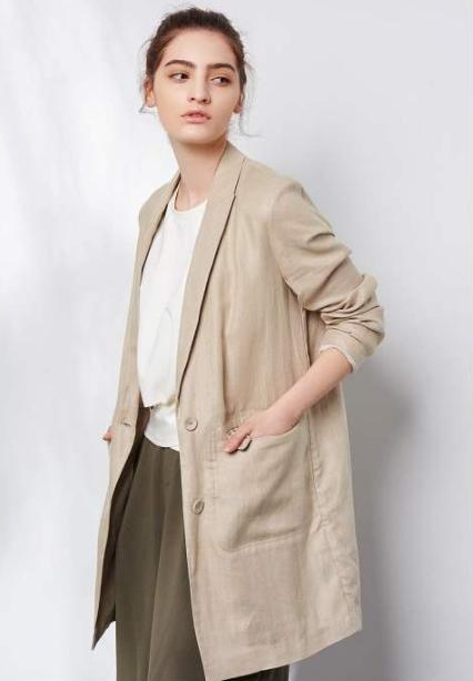 时代的主流 法思莉女装旨在让每个女性都成为时尚女王