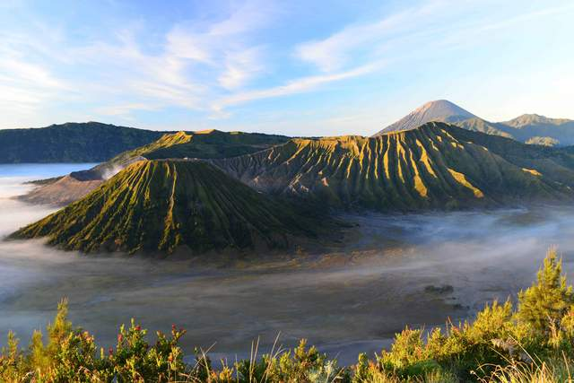 印尼火山徒步之旅,这三座不同的火山有三种体验