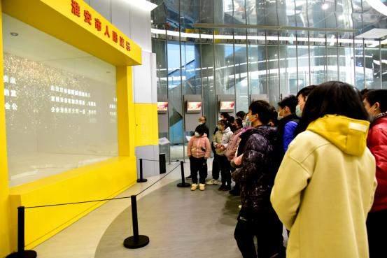 淮安市特殊教育学校学生走进淮安市民防馆开展主题教育活动