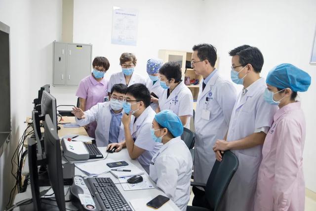 前海人寿广州总医院成功开展磁波刀精准无创子宫肌瘤治疗