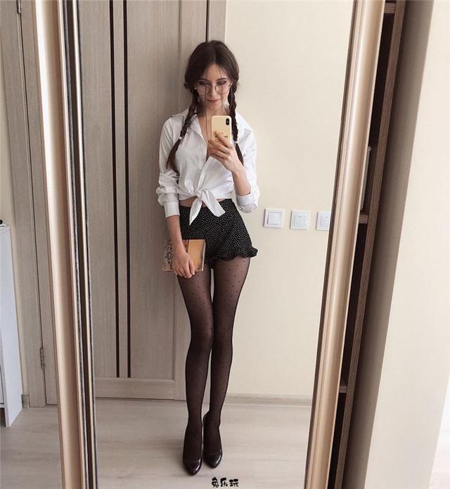 """翘好看的极品腿模!乌克兰正妹大姐姐""""Viki Virgo""""一双美腿吸粉利器!"""