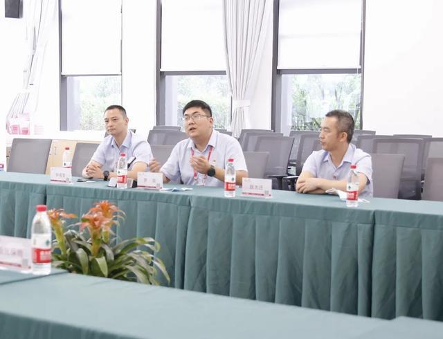 阳光保险领导一行莅临重庆北部宽仁医院参观交流
