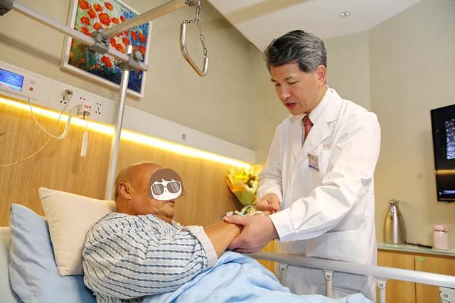 沪上顶尖脊柱团队强势登陆:「1 厘米切口+1 天住院」摆脱颈椎病梦魇