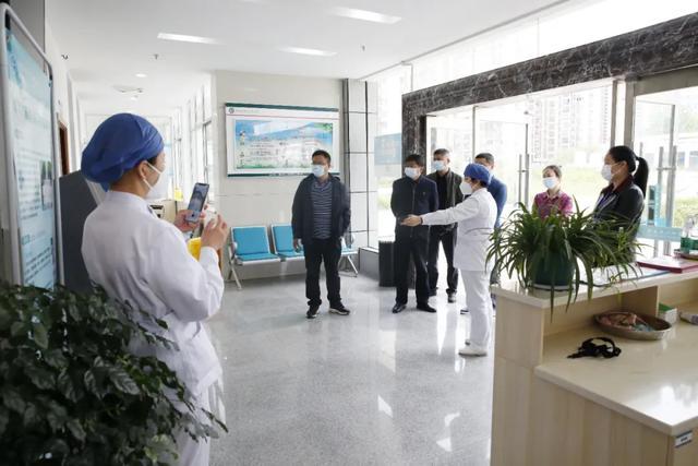 以爱之名,防「艾」有方:临澧县人民医院来院交流