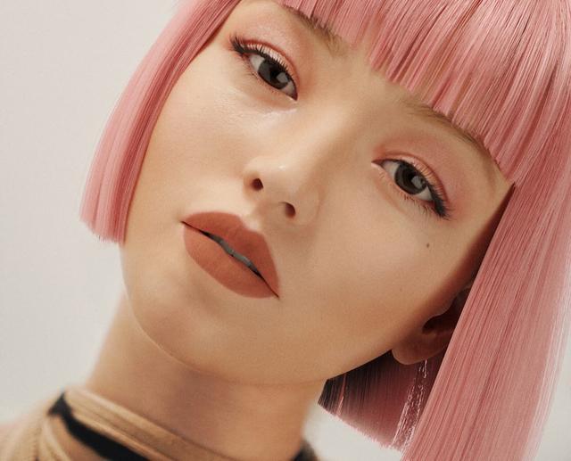 国外流行的虚拟三次元美女,让万千宅男找到了精神寄托…