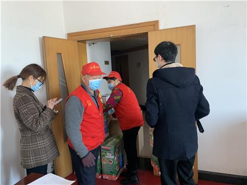 永康科普志愿者为发放疫情防控物资出力