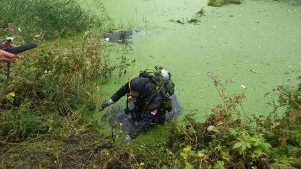 哈爾濱一男老師在小區邊的坑中溺亡 生前日記簡直太扎心