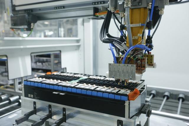 预计投资超1亿欧元 宝马扩大在德电动车零部件产能