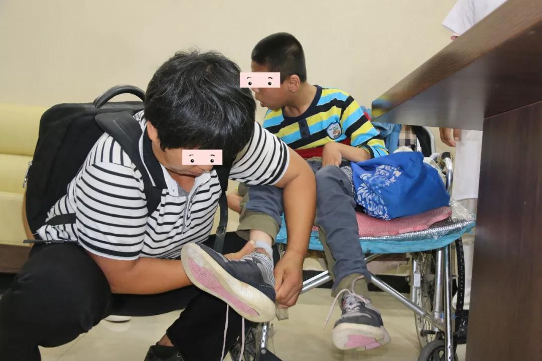 脑瘫的孩子医院如何治疗干预