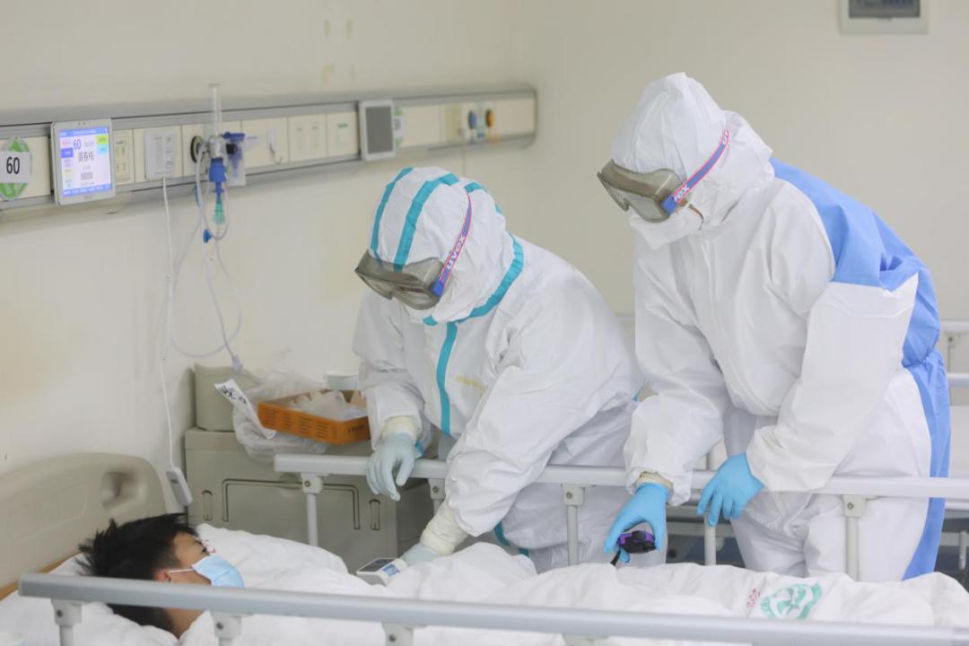 赞!珠海市人民医院医疗集团接受全省表彰!