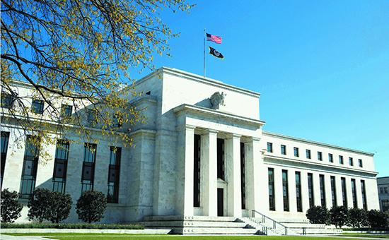 或者美联储在11月宣布将减少债券购买计划。现货黄金的短期前景依然是空的!