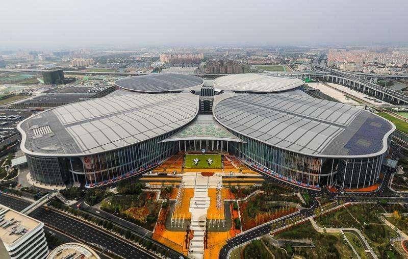 《【奇亿网上平台】进博会同台一线白酒,上海贵酒黄浦江畔展示硬核实力》