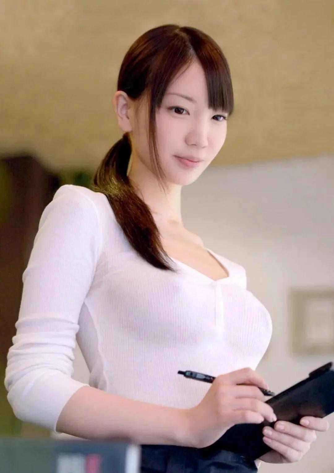 日本女优专题:《揭秘100名女优背后的故事》第12期:铃木心春