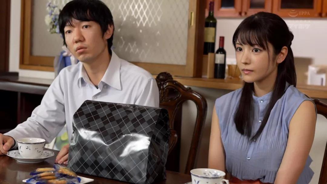 IPX-627枫花恋(枫可怜)被男友哥哥喂了黑茄子吃