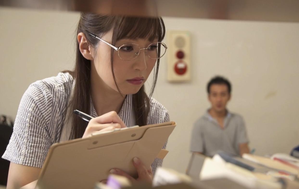 JUY-299佐佐木明希(佐々木あき)图书馆猎手
