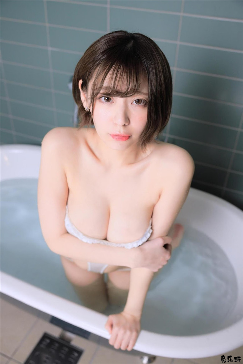日本写真界萌妹子小日向结衣浴室写真再现江湖 节操写真馆 热图5